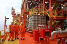 Eni announces start of production from deepwater oilfield offshore Angola