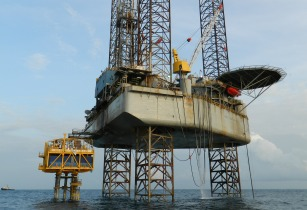 Aquaterra Energy wins Chevron contract to build offshore platform in Angola