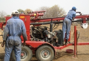 Drilling well Africa