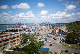 Mombasa Port MEAACT PHOTO STUART PRICE Wikimedia Commons