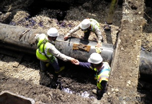 Overhead Worker Enbridge Oil Spill pipeline removal 4869018109