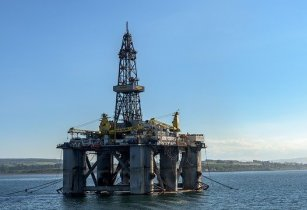 oil rig 3522577 640